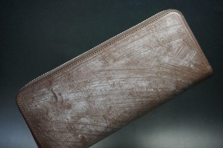 ブライドルレザーを使用したラウンドファスナー長財布
