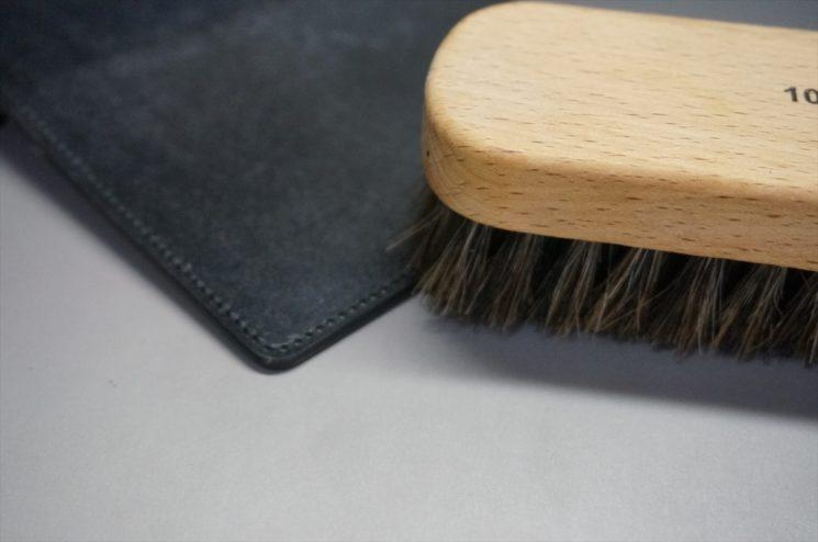 染料入り蜜蝋ワックスの使い方-手順1