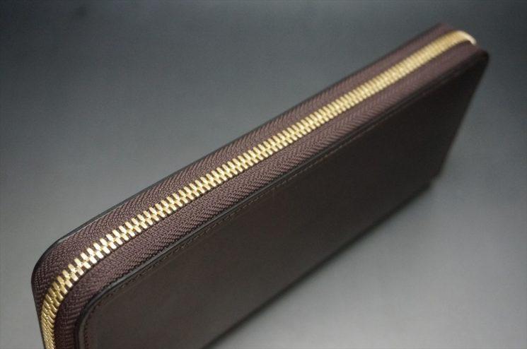 ラウンドファスナー長財布のファスナー部分