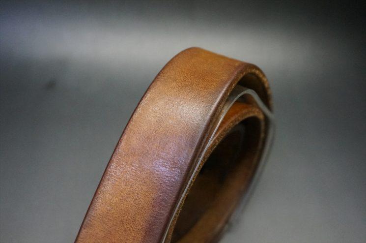 経年変化をしたベルトの帯