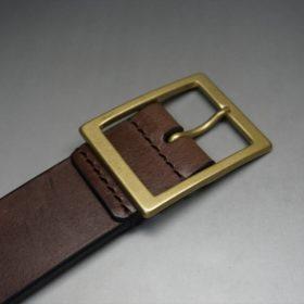 カジュアルタイプのゴールド色バックル