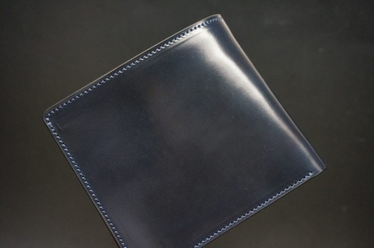 ホーウィンコードバンのネイビー色の財布