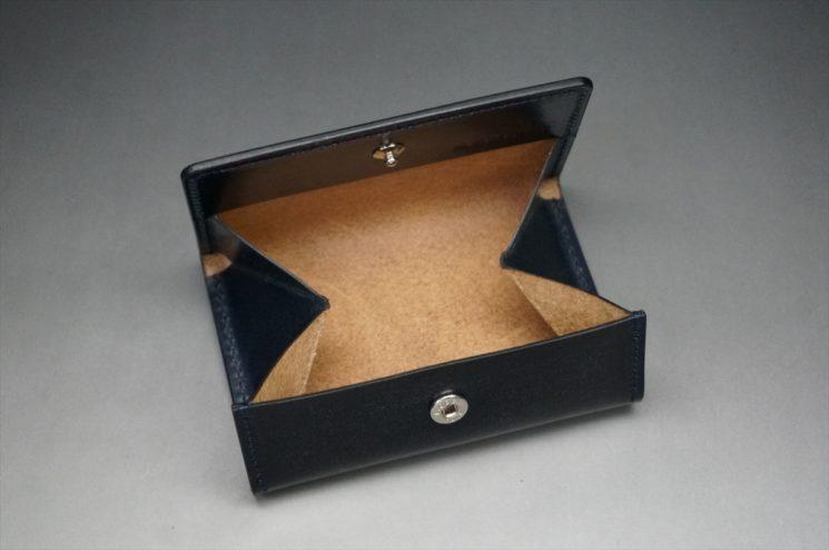 床面を伝統製法で磨き上げられた製品