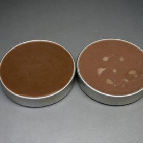 オレンジブラウンとライトブラウンの色味の比較
