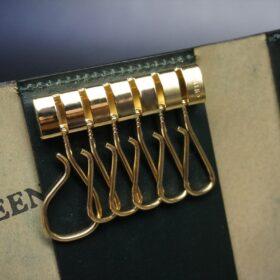 ゴールド色の6連可動型のキー金具