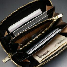 ラウンドファスナー財布のご使用イメージ