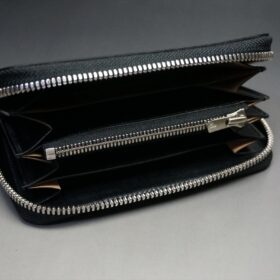 ラウンドファスナー財布の内側